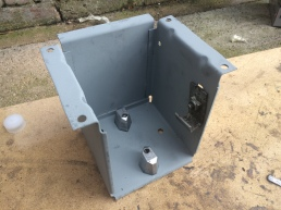 Degreased and reassembled gear lever linkage box