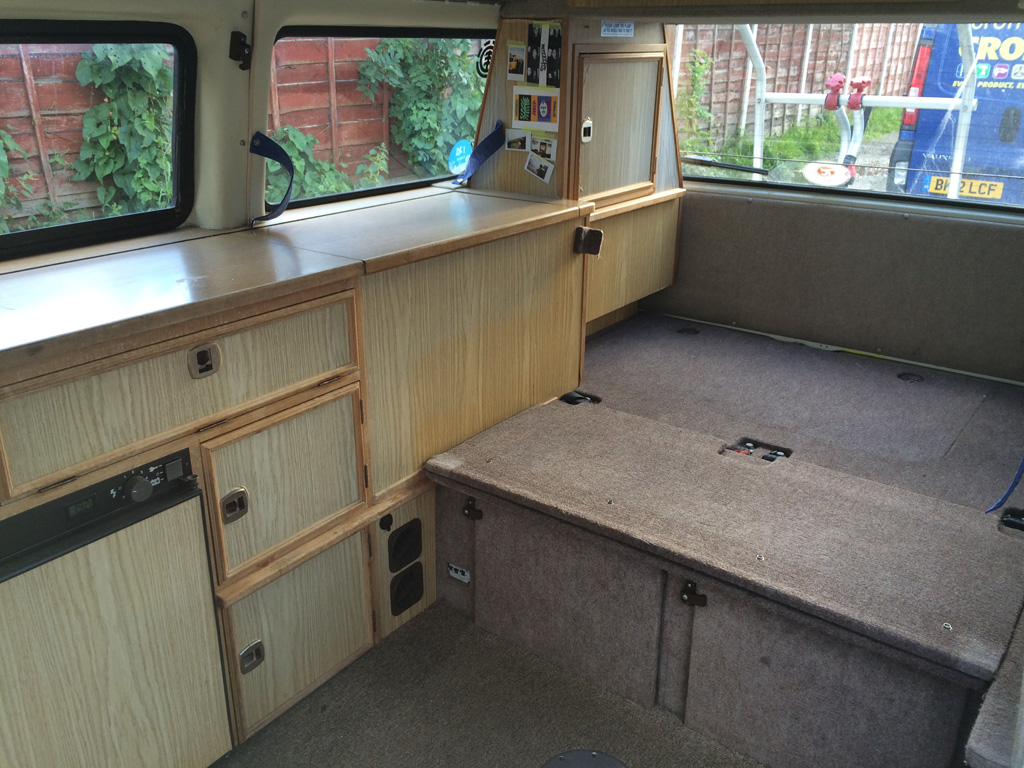 Removing Autosleeper Interior Units Vw T25 Sir Adventure