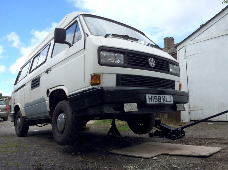 VW T25 on axle stands