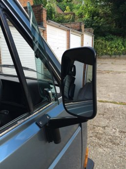 Landrover mirrors with custom bracket